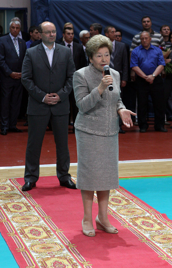 Наина Иосифовна Ельцина приветствует участников Кубка Ельцина-2011