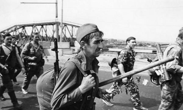 Приднестровские гвардейцы. (1992) Фото: joker