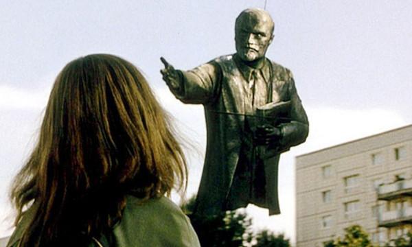 Кадр из к/ф «Гуд бай, Ленин»